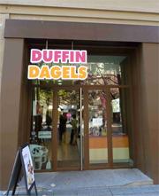 Duffin Dagels inaugura local en Pamplona.